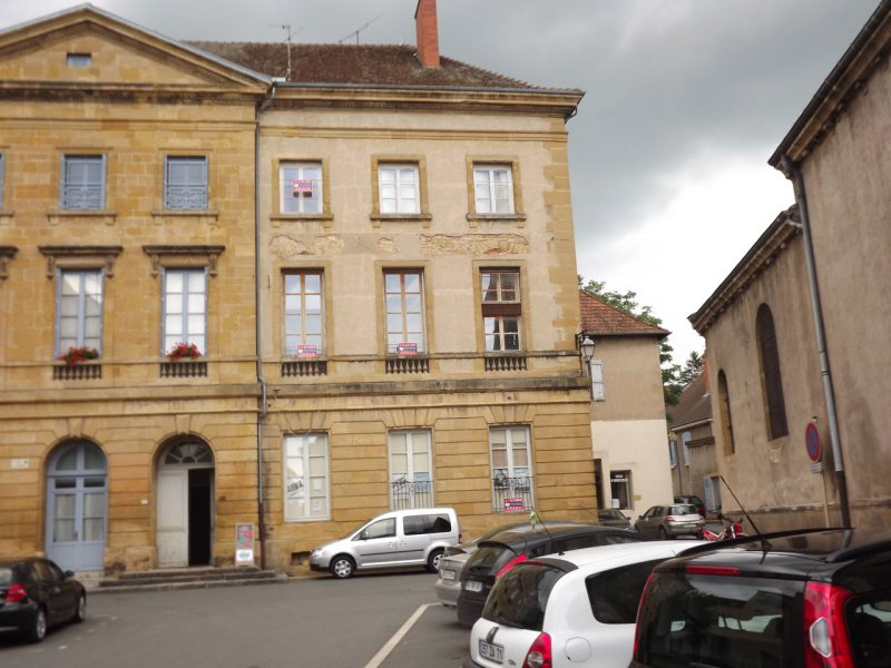 marcigny Appartement  85 m2
